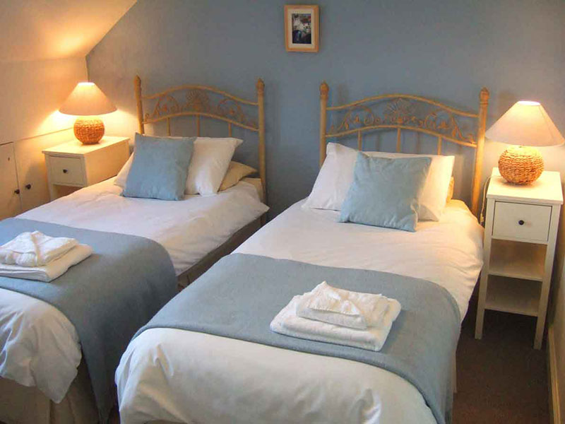The twin bedroom in St Monan holiday cottage